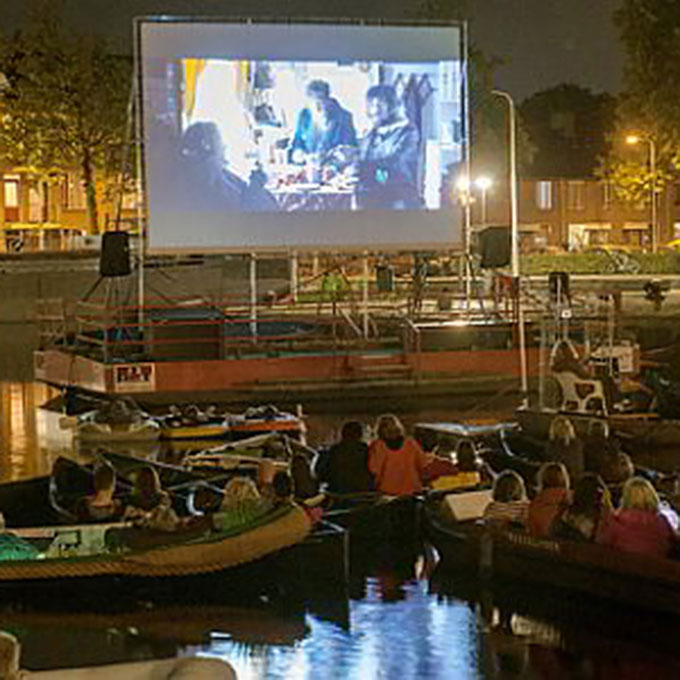 B&B-Tilburg Piushaven movies at the waterfront