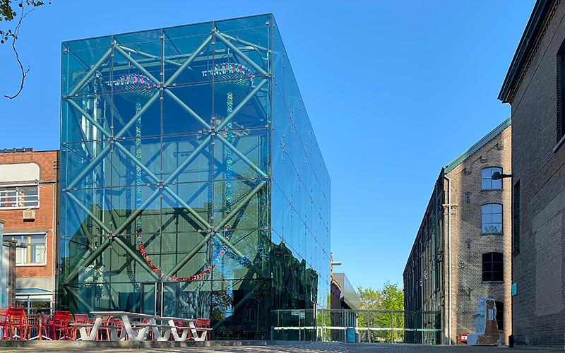 B&B-Tilburg Frontview TextielMuseum