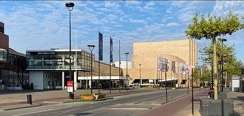B&B-Tilburg, Stadschouwburg, Theater Tilburg