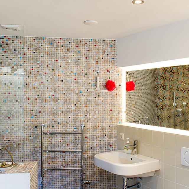 B&B-Tilburg, Life Less Ordinary Studio, open plan bathroom