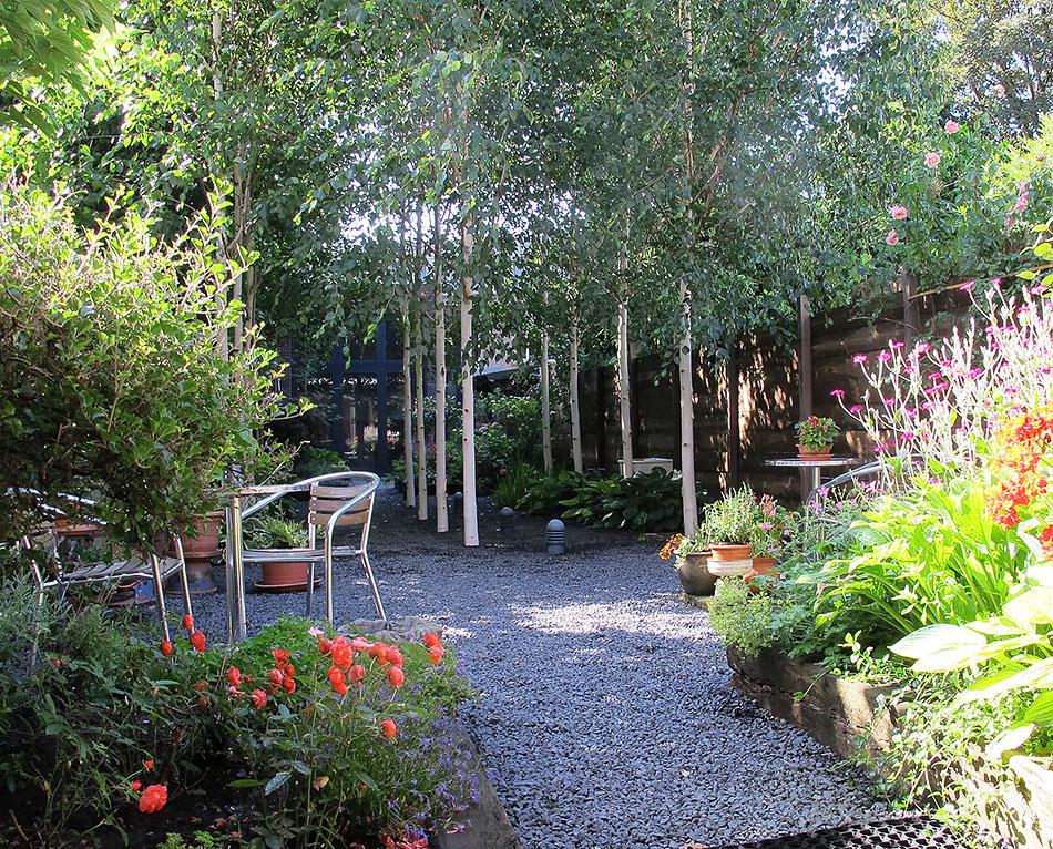 B&B-Tilburg inner garden overview