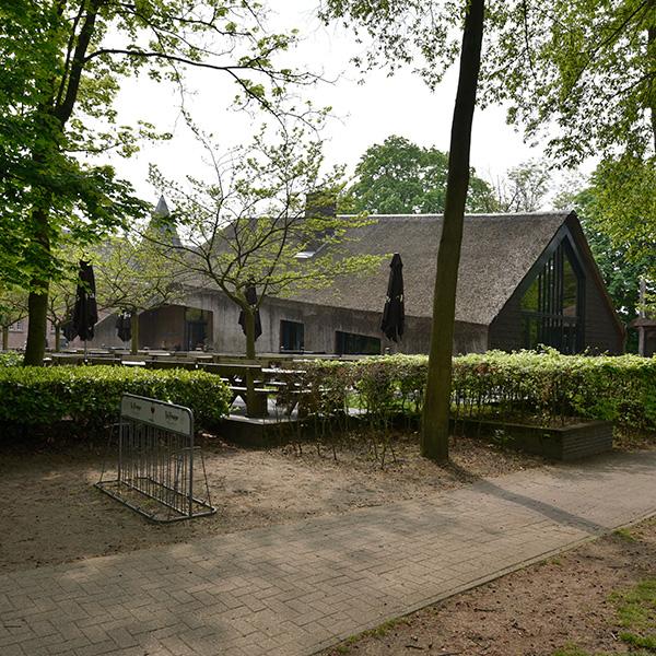 B&B-Tilburg La Trappe Proeflokaal Schaapskooi