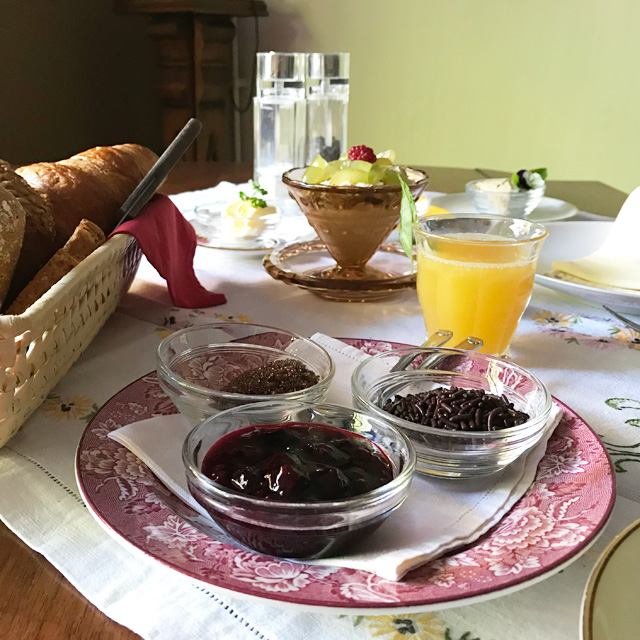 B&B-Tilburg-breakfast-detail