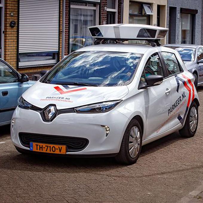 Scan-car in action in Tilburg